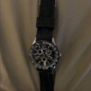 Sports watch with elastic band